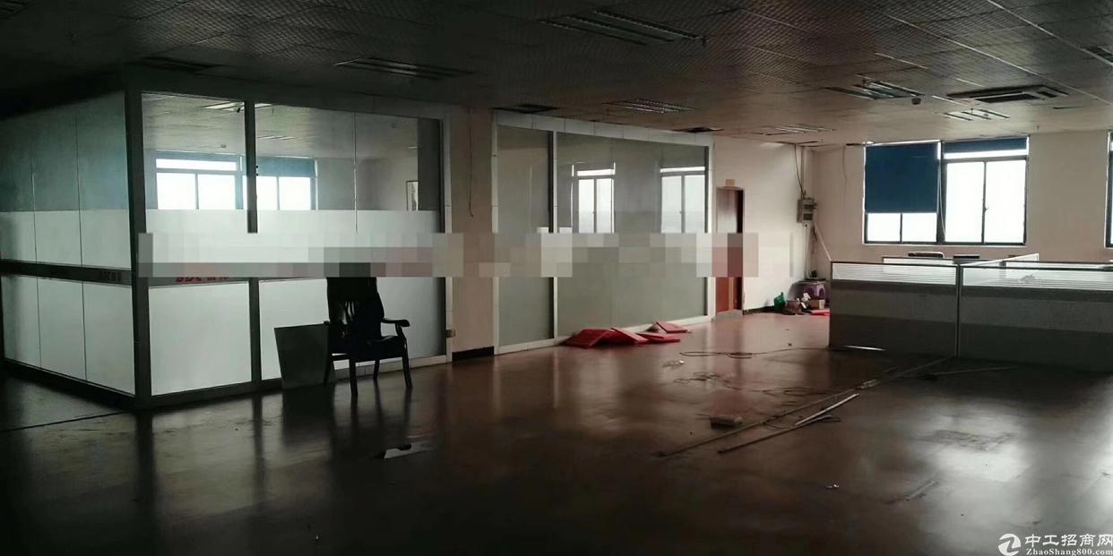 松岗大田洋高新园区原房东厂房,楼上整层2800平,2部3吨货-图2