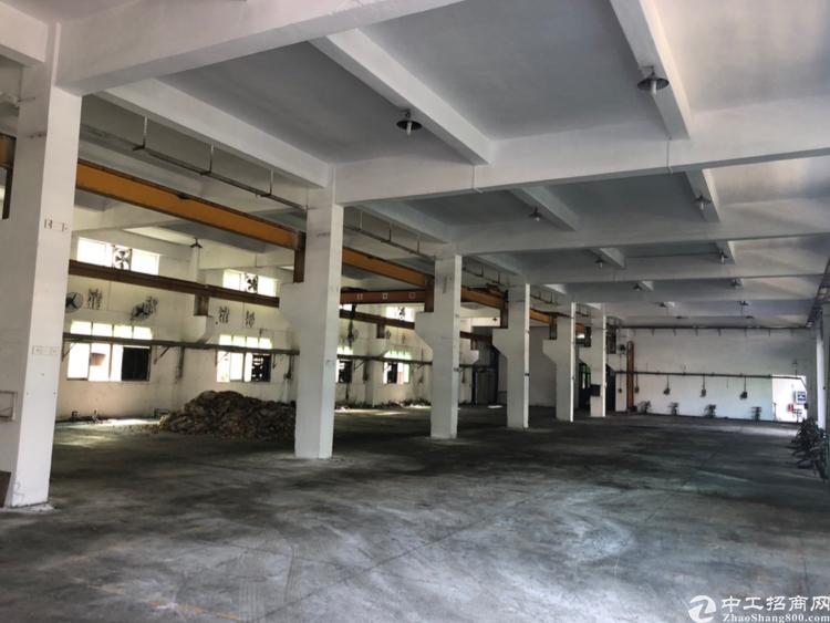 清溪车站标准一楼1500平方带行车急租
