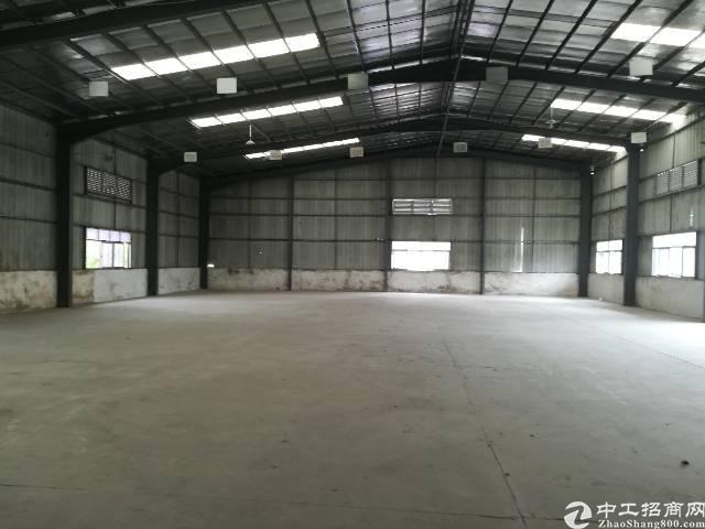 松岗塘下涌钢构仓库,高度8米,1407平,879平,价格32