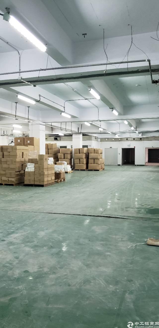 西乡宝田靠西乡大道边上新出厂房3600平米厂房出租可分租