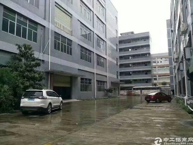 平湖富民工业区一楼2000平方米带装修厂房招租