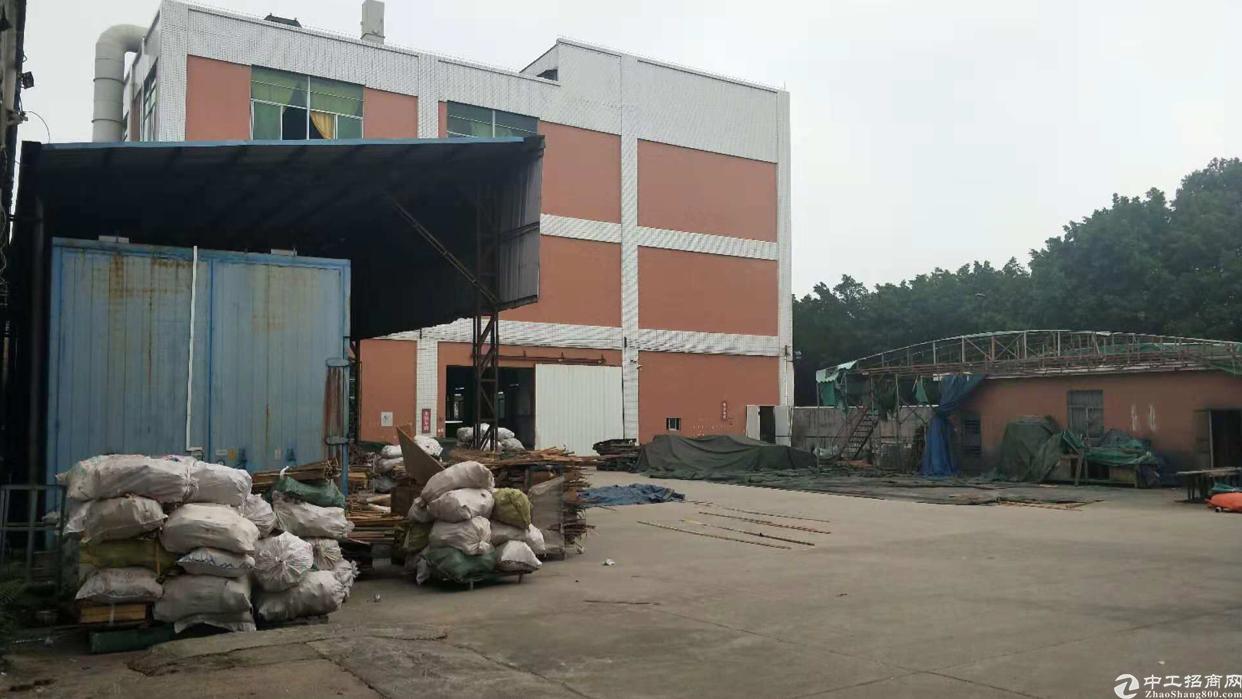 观澜茜坑龙观快速旁新出一楼钢结构1700平米厂房出租