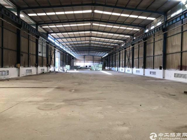 西丽新出标准单一层钢构厂房7800平方出租