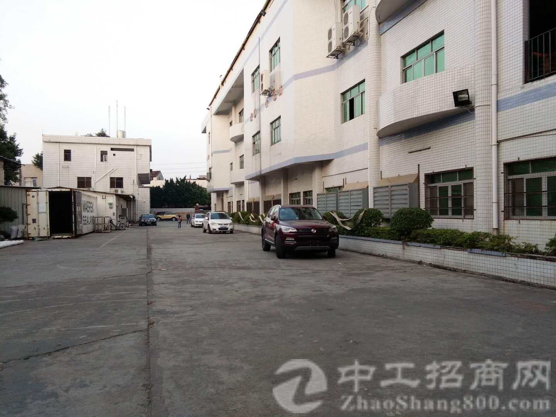 厚街镇双岗村大型工业园二楼带精装厂房 1100平米招租