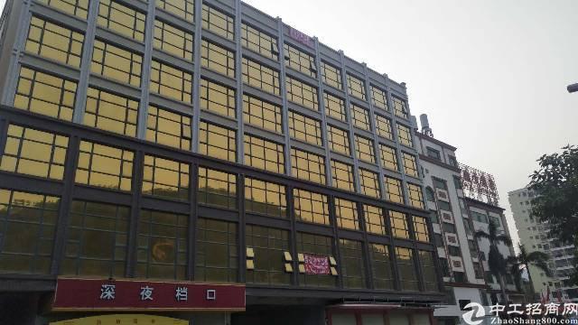 新圩镇商业楼1-7层出租