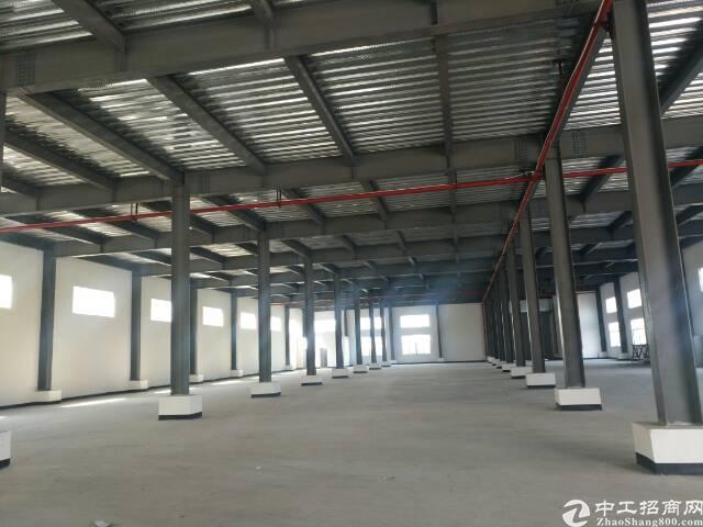 清溪镇新出原房东钢构全新厂房4000平米低价出租