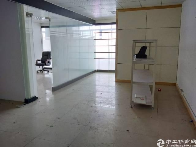 龙华元芬龙胜地铁站附近2楼250平方