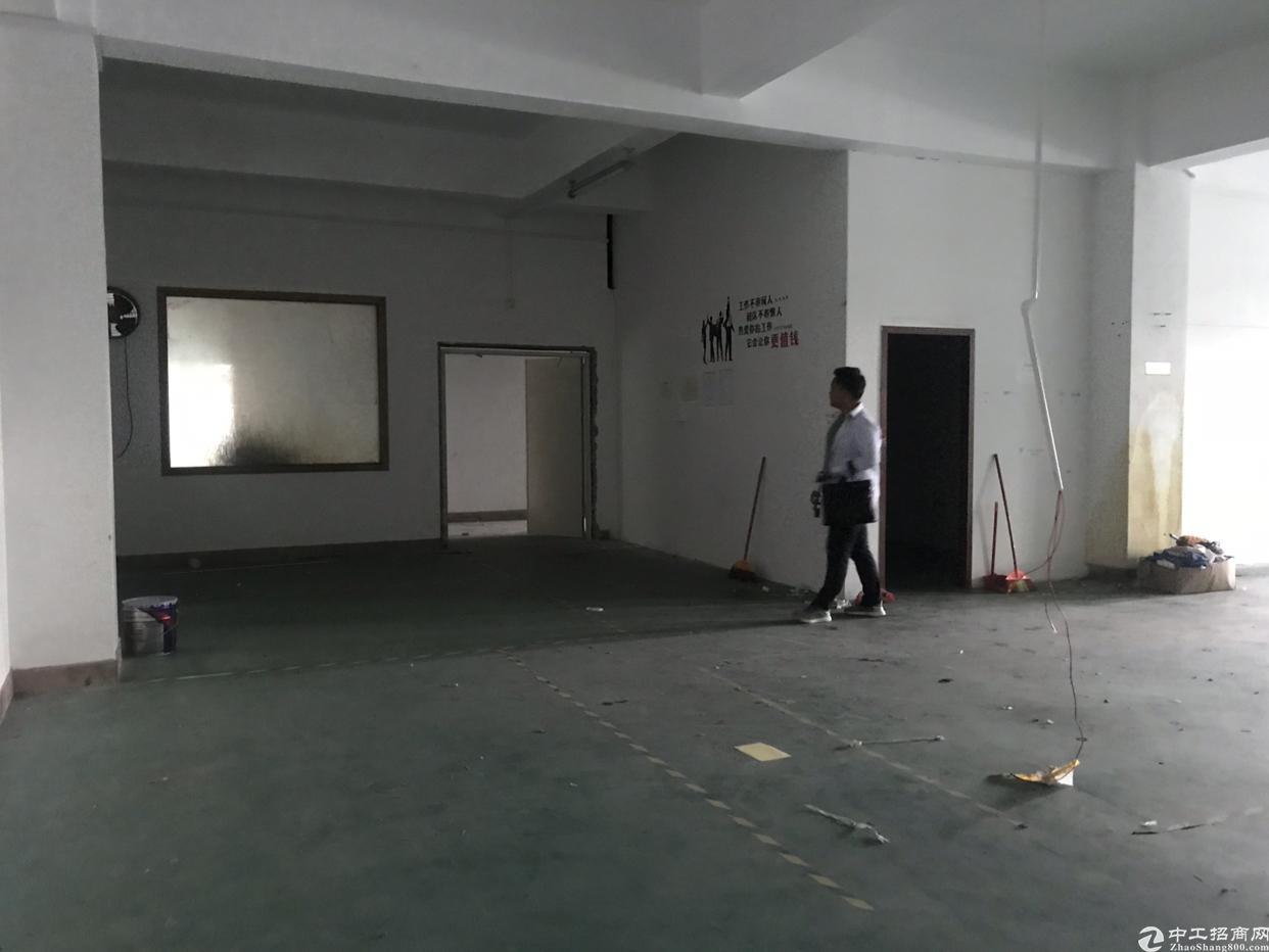 观澜福民楼上小面积厂房360平方出租