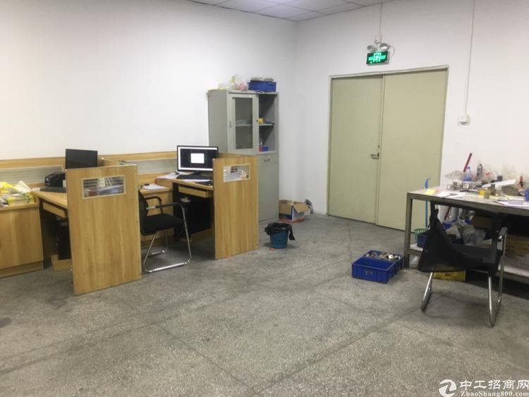 福永塘尾地铁口原房东独门独院厂房600平招租
