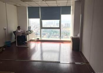 大浪商业中心附近甲级写字楼新出280平带豪装办公场地。图片3