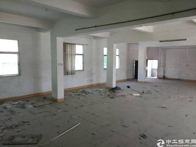 成熟工业区厂房出租,880平米2楼单价仅租13!