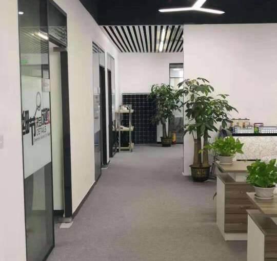 78    95  310平方起租精装修办公室大小面积自由组图片5