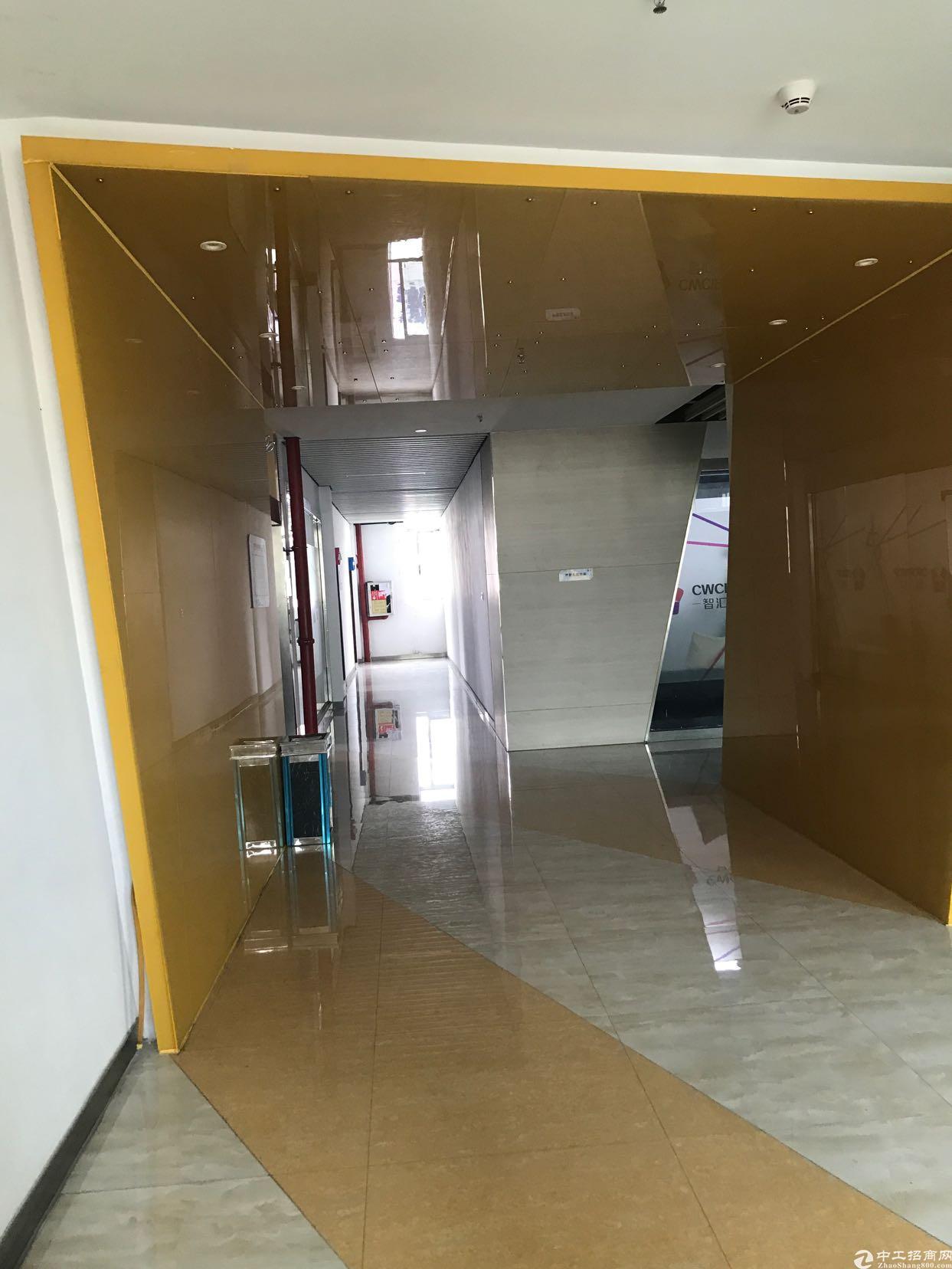 福永大洋田新出楼上精装修厂房420平 带办公家具-图3