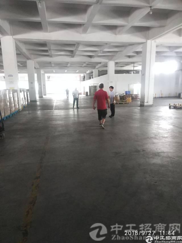 厚街镇大迳村现有独院厂房二楼整层1200平米招租带精装办公室