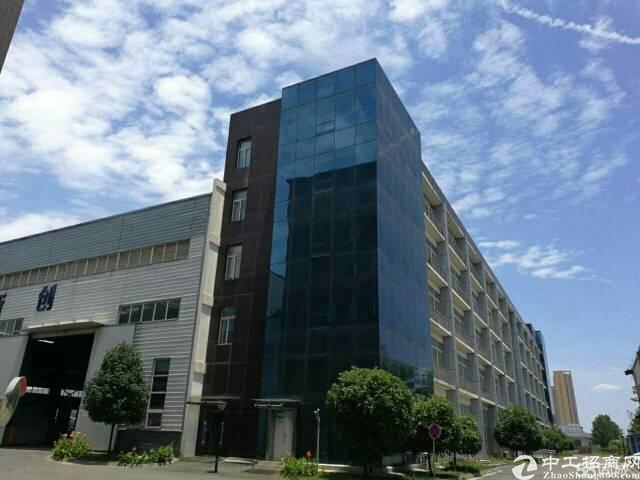 非中介,龙泉经开区核心地段800平精装修厂房资质齐全