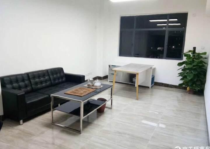 西乡地铁口113平米精装修写字楼招租图片4