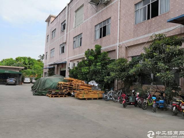 坪山坑梓1楼带两个行车厂房出租900平米