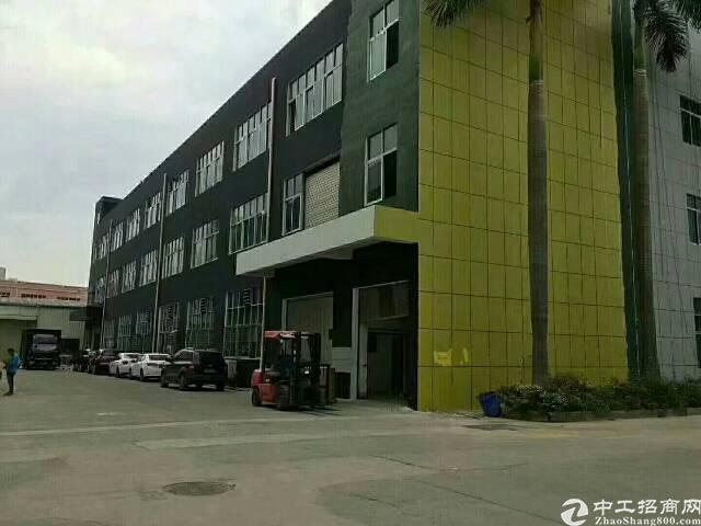 公明红本独门独院三层6600厂房