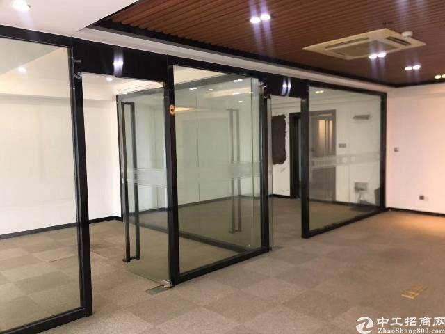 出租龙华清湖地铁口171平豪华精装修图片4