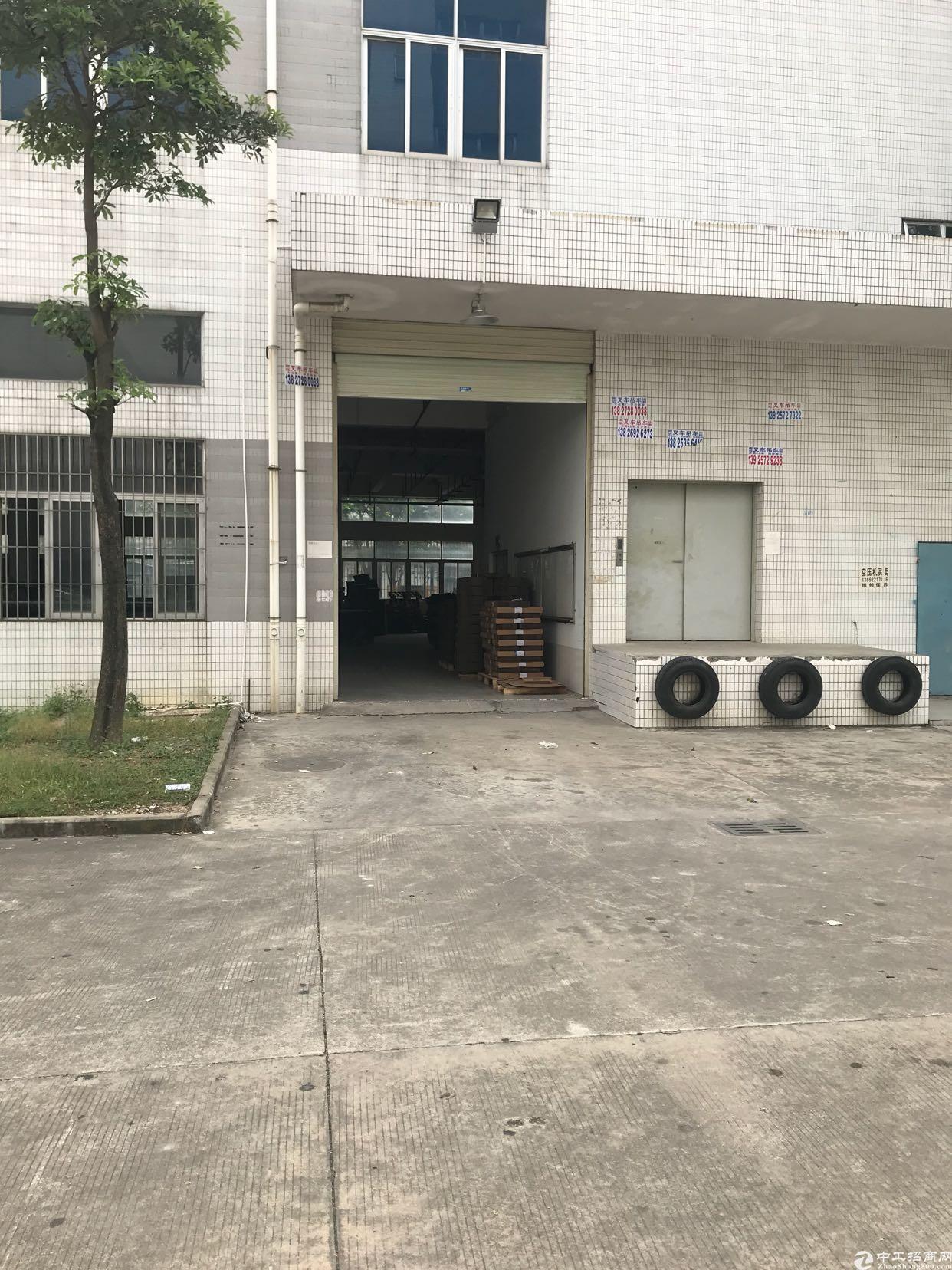 龙岗区坂田上雪科技园1楼800平出租