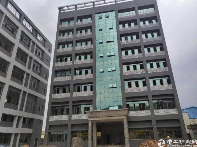 黄江镇标准厂房实际面积出租现有5000㎡大小可分适合各种行业