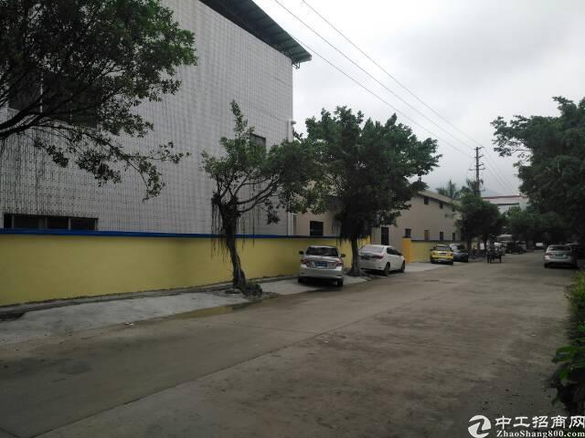 东莞市清溪镇钢结构厂房1楼5200平方,大小可以分租