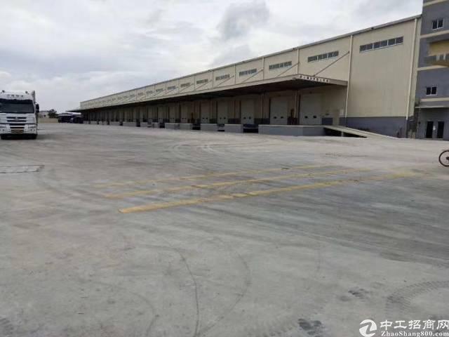 高速出口新出物流仓库24500平,大小面积可分,滴水8米