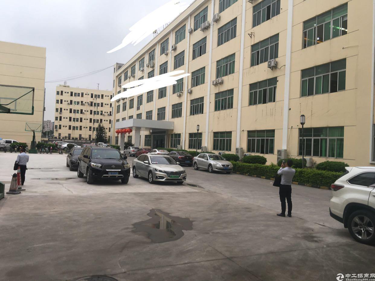 龙华龙胜地铁口原房东一楼重工业厂房出租