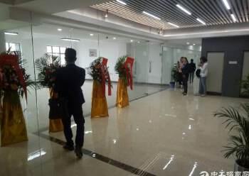 福永桥头地铁口精装高使用率.低价出租129平方图片4