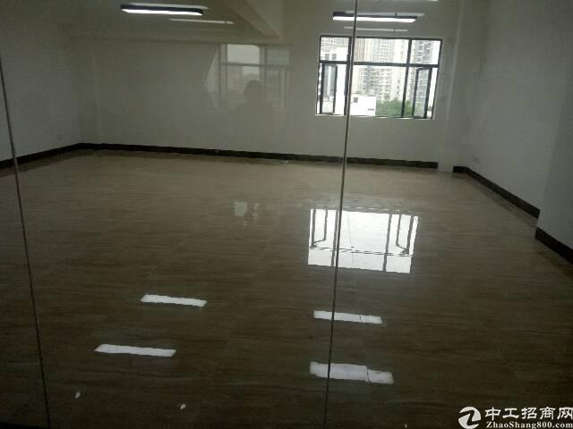福永桥头地铁口精装高使用率.低价出租129平方图片7