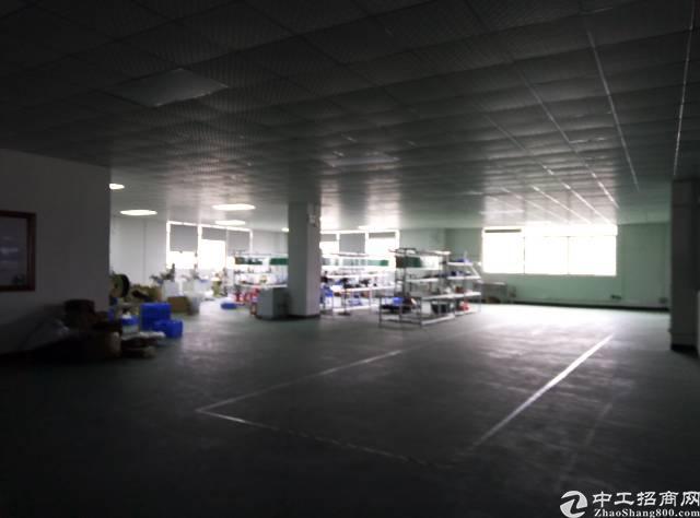 黄江社贝工业园区标准厂房全新装修,有现成办公室二楼