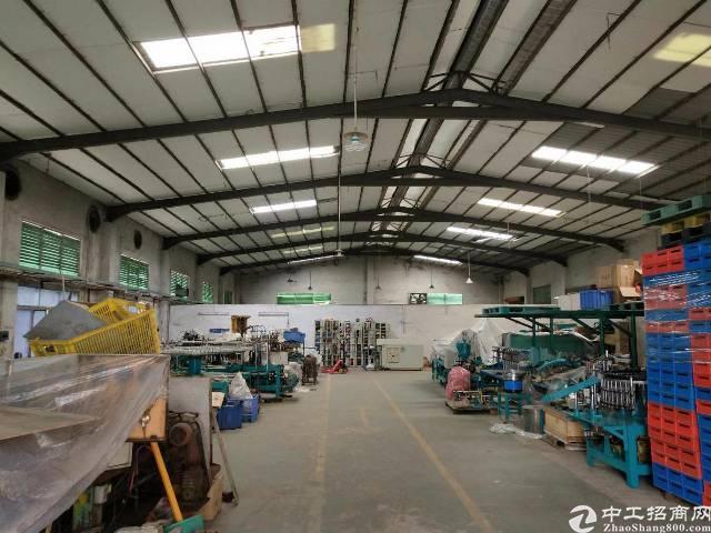 企石镇原房东独院标准厂房1-3层3300平方