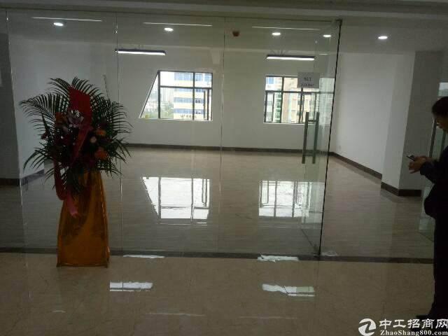 福永桥头地铁口精装高使用率.低价出租129平方图片3