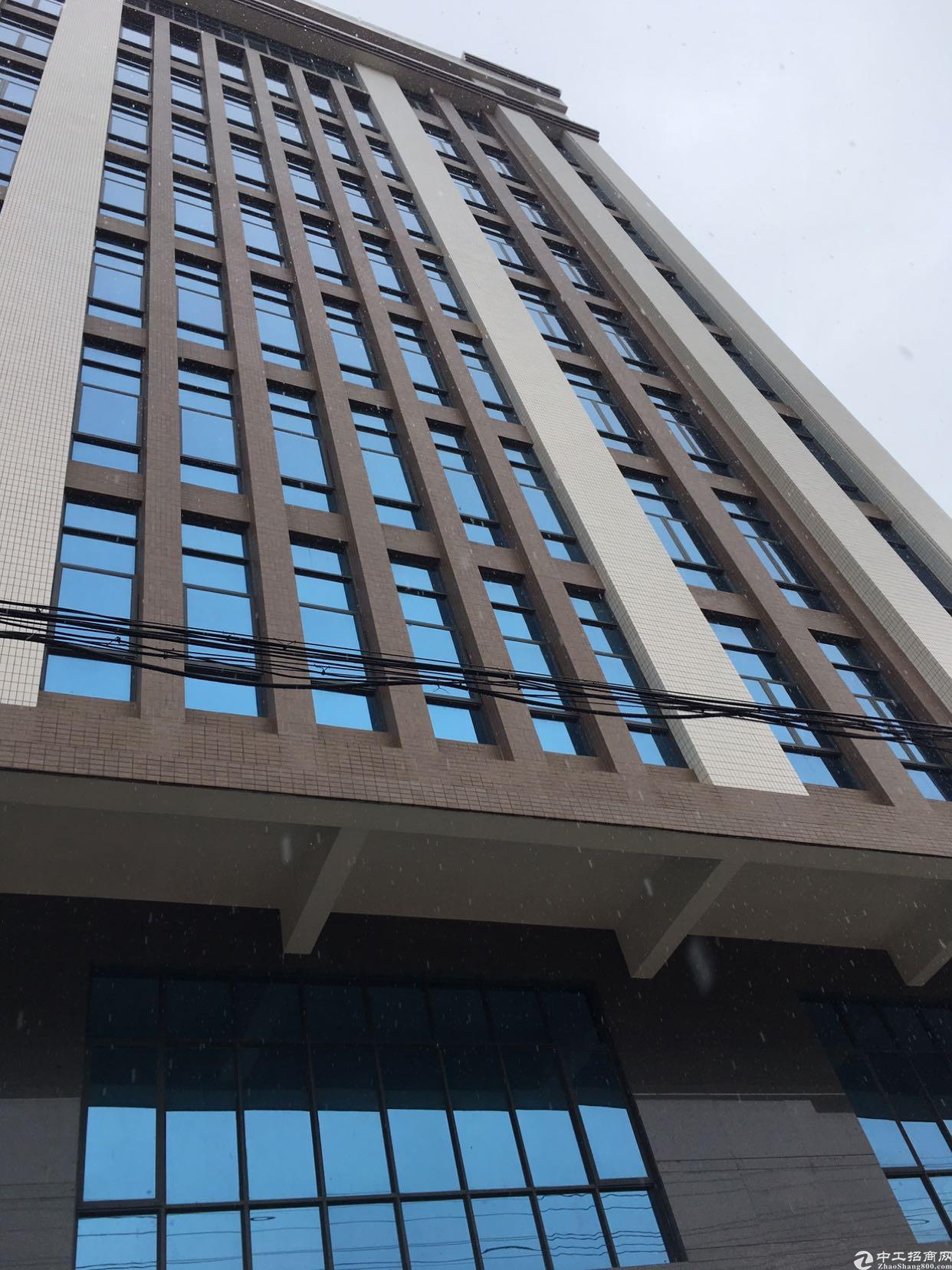 大岭山商业楼5500平米出需