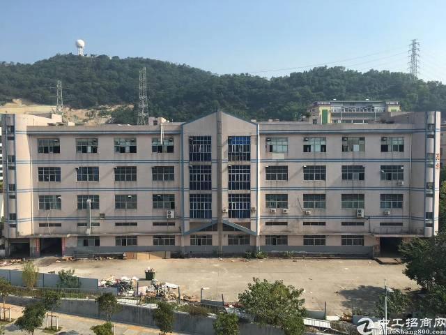 西乡银田工业区总面积10400单层面积2600可分租