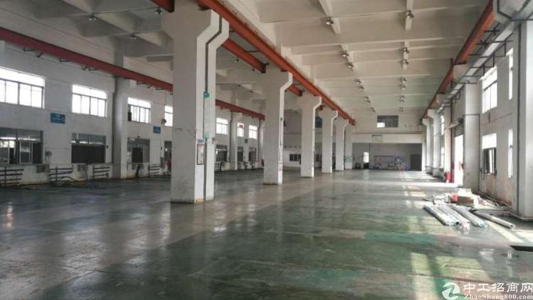两层独院厂房一楼8米高3000平方出租