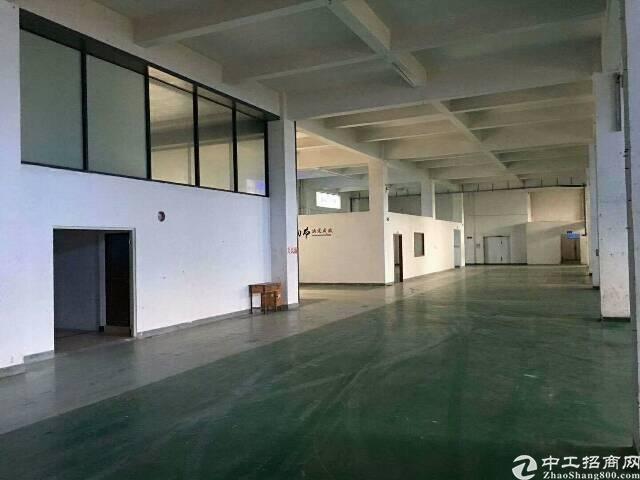 大岭山镇杨屋村高速出口独院分租一楼标准厂房