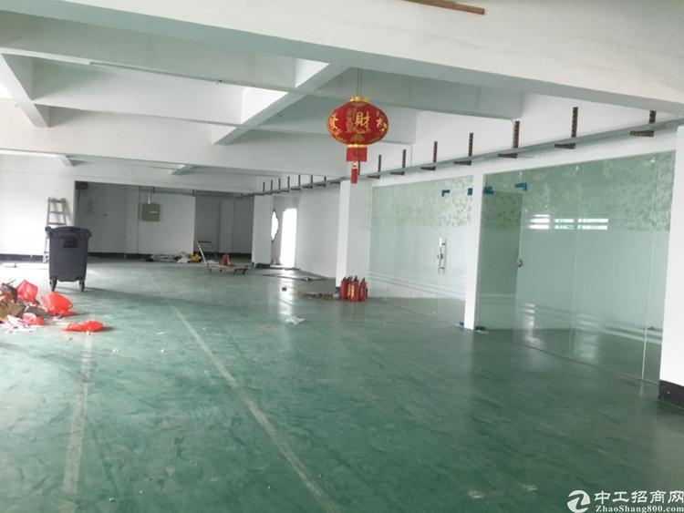 坪山浦桥工业区楼上整层1000平米实际面积原房东厂房出租