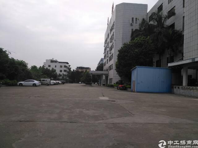 东莞市清溪镇标准厂房2楼1500平方,整租分租均可