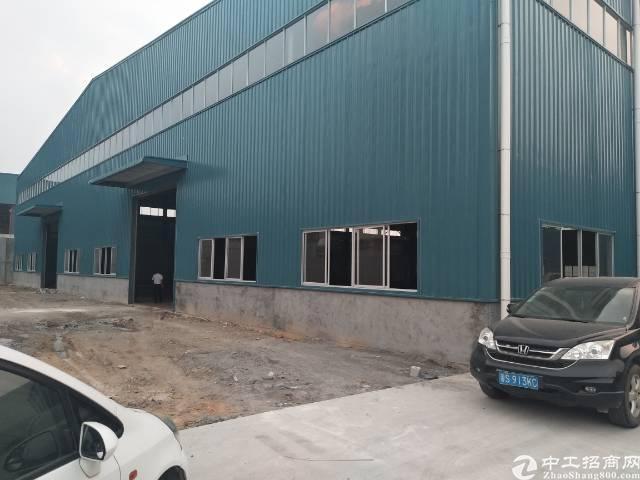 横沥镇原房东独院钢构滴水10米厂房