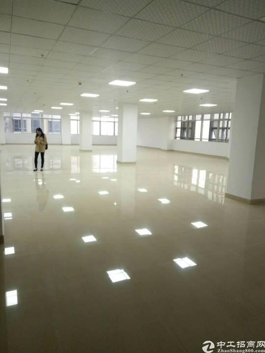福永沿江高速出口创业工业区400平米精装修写字楼