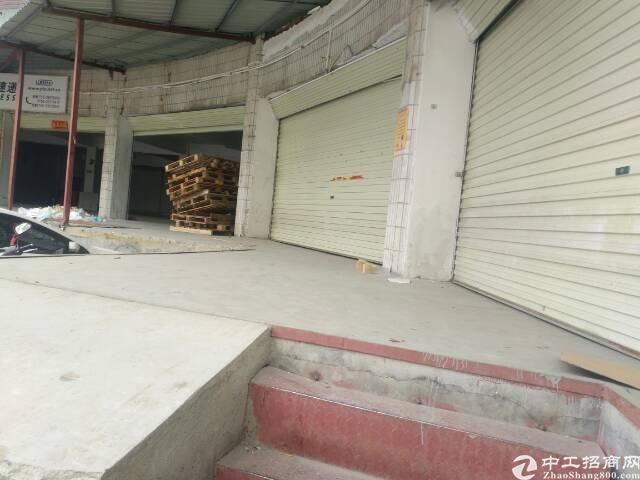 3000平方米带缺货平台标准物流仓库出租