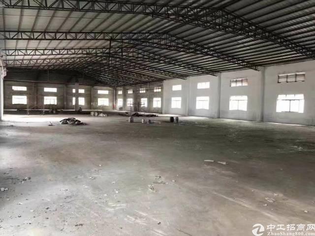 厦边 单一层8米钢构厂房6500平出租