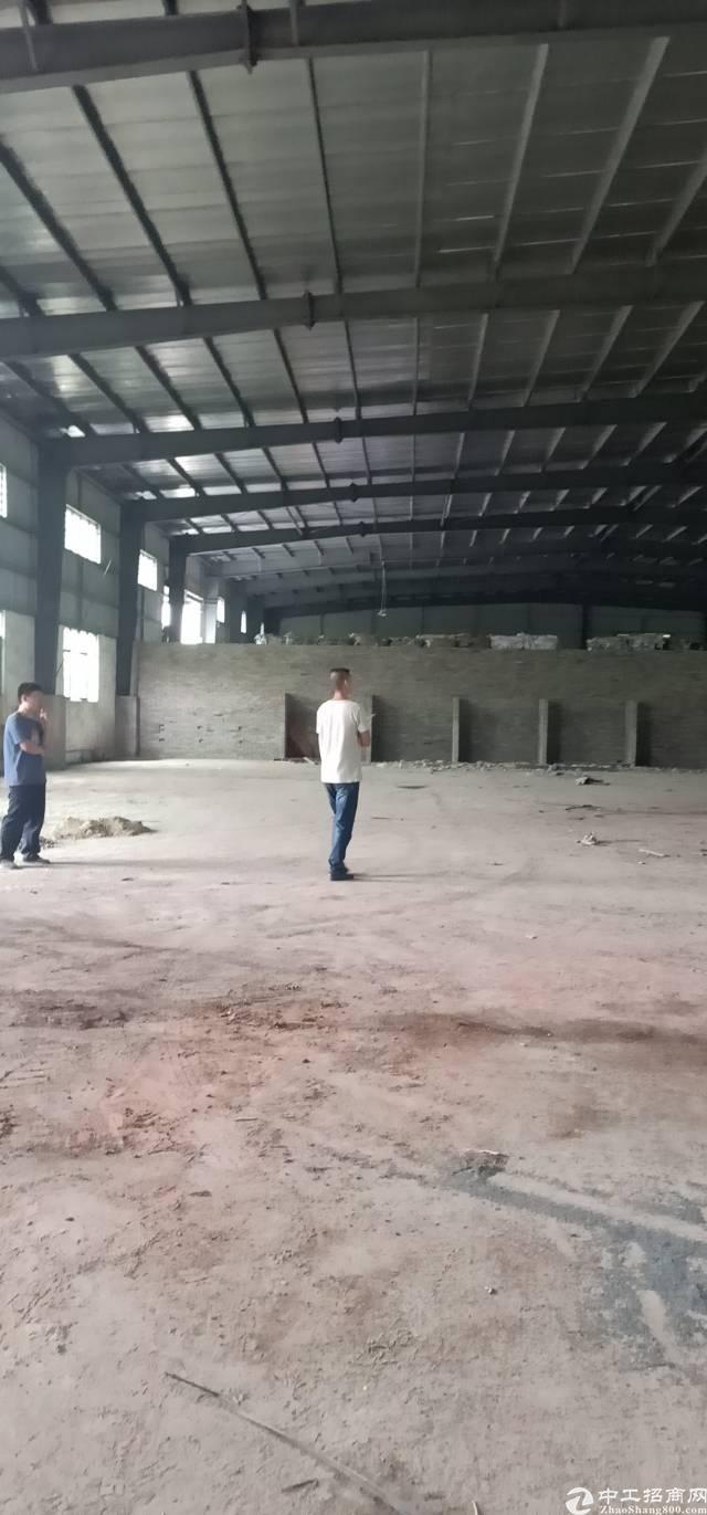 东城单一层厂房2000平方一平方18块钱!