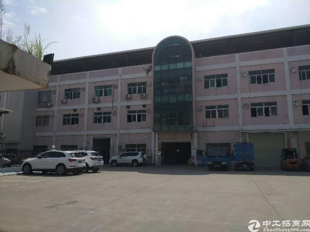 长安镇新安精装修独院二楼