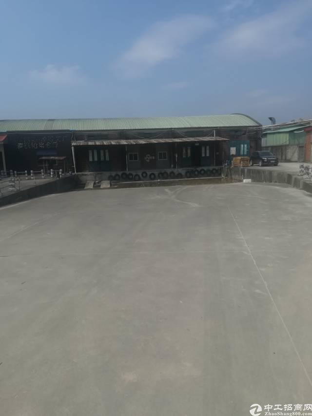 大岭山独院单一层滴水8米8000平方常卸货平台厂房出租