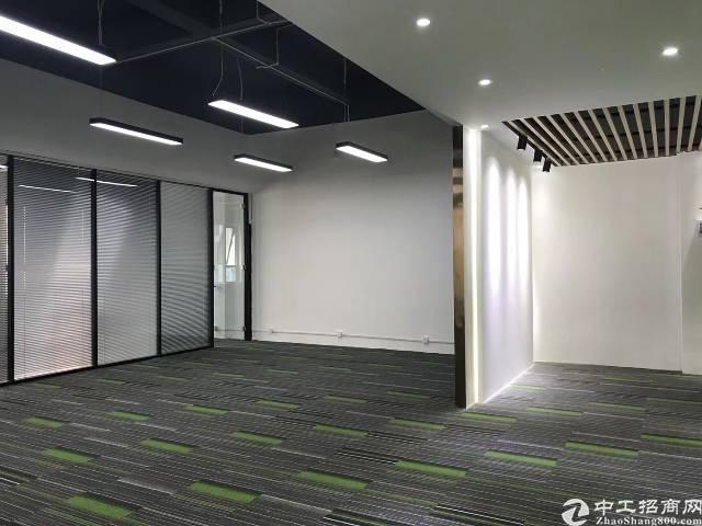 坂田杨美地铁站l附近大型电商产业园出租(可分租