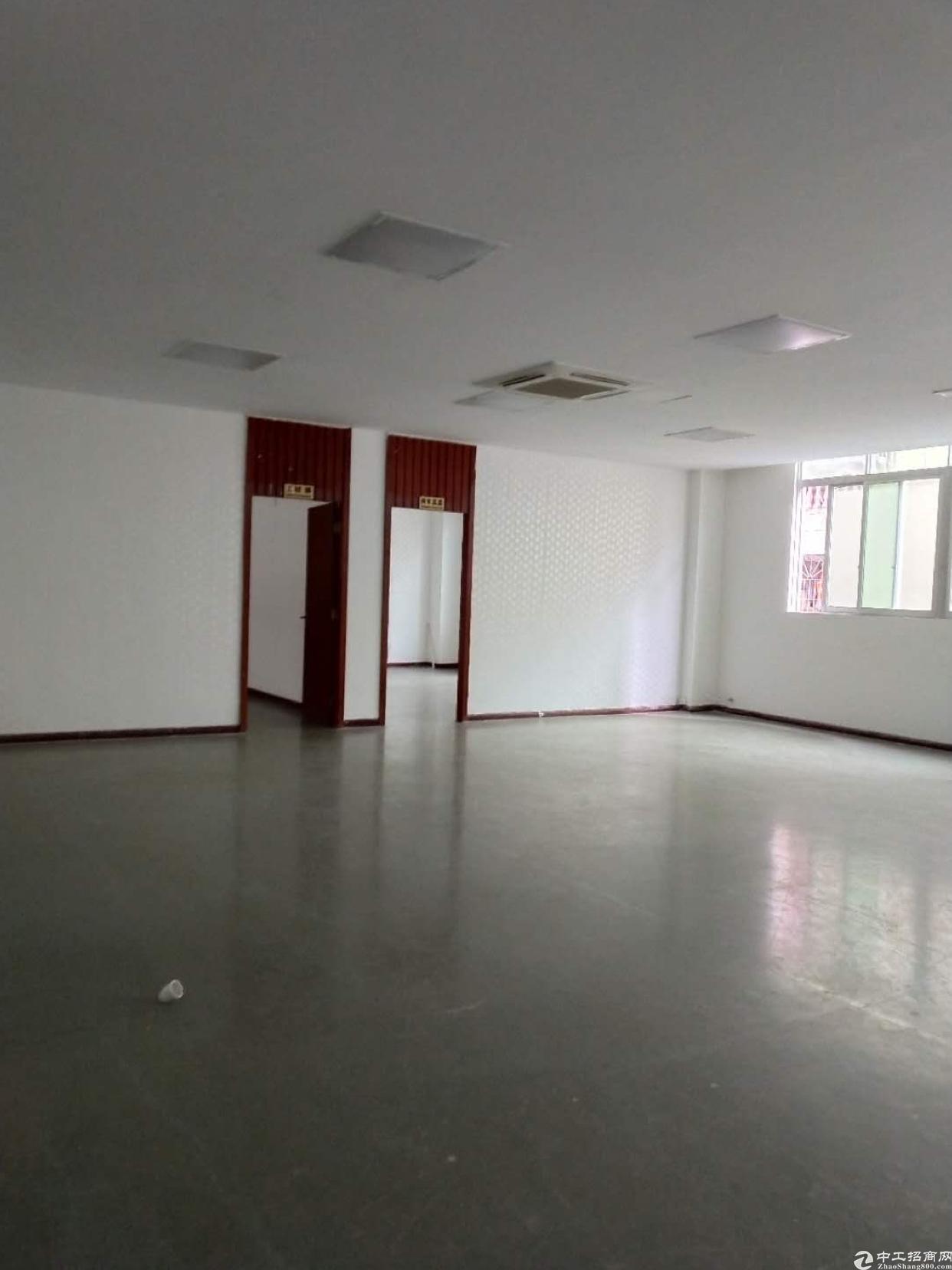 龙岗同乐大型工业区2000平厂房招租