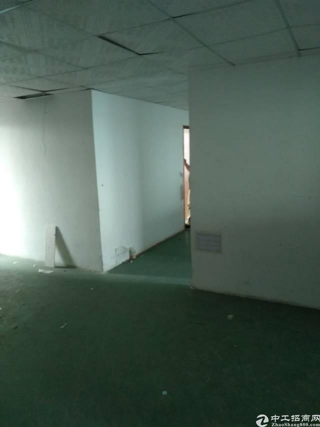 松岗塘下涌新出楼上400㎡带装修厂房