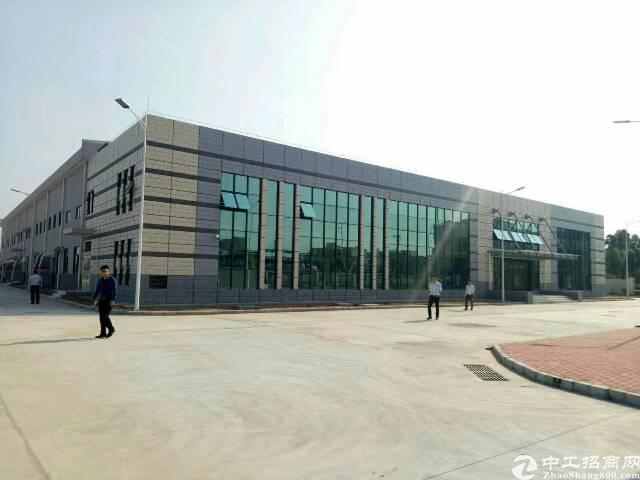 东莞市石碣镇区砖墙钢构厂房4500平米出售